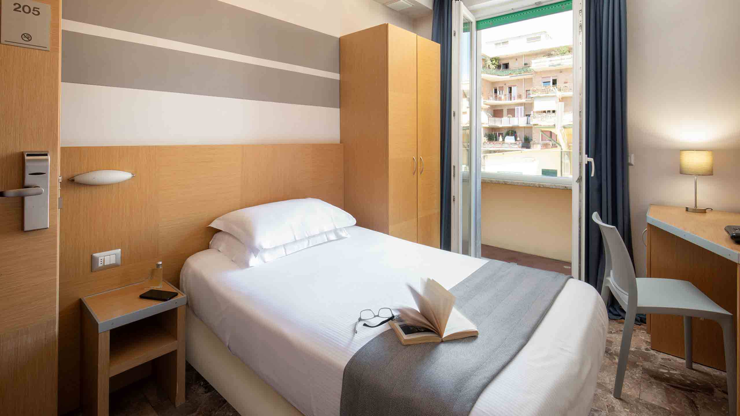 Hotel-La-Scaletta-Ostia-Camera-Singola-7