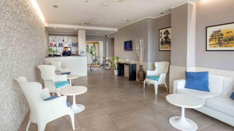 Hotel-La-Scaletta-Ostia-Hall-1