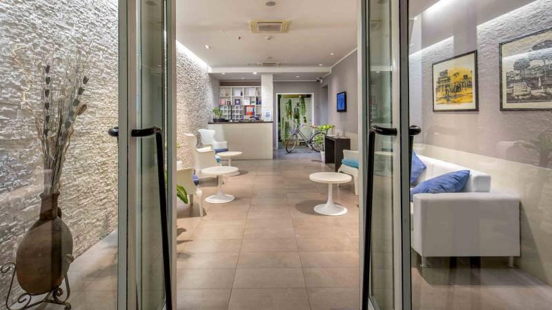 Hotel-La-Scaletta-Ostia-Hall-8